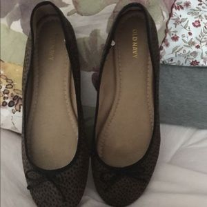 Old Navy Shoes - OLD NAVY BALLET FLATS SIZE 8